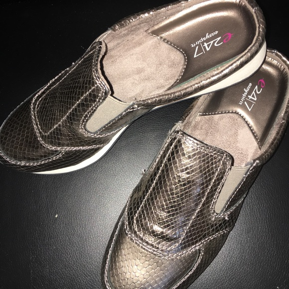 Easy Spirit Shoes - New Easy Spirit Travel time Shoes Gold